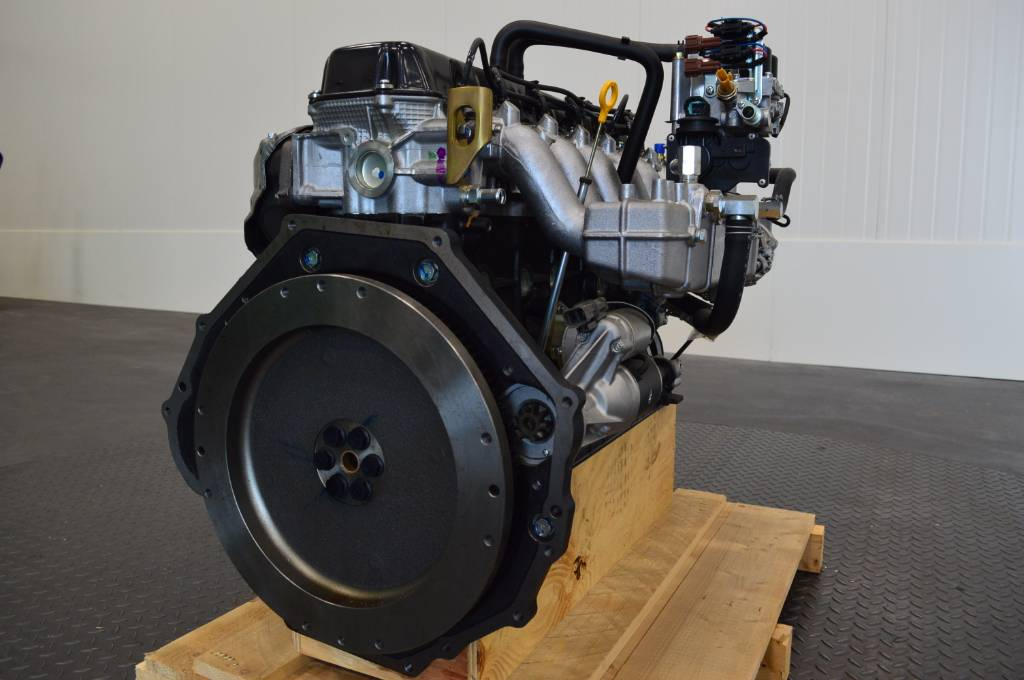 Nissan TB45 6 cylinder motor / engine, Brand new! For Mit, Motoren, Laden en lossen