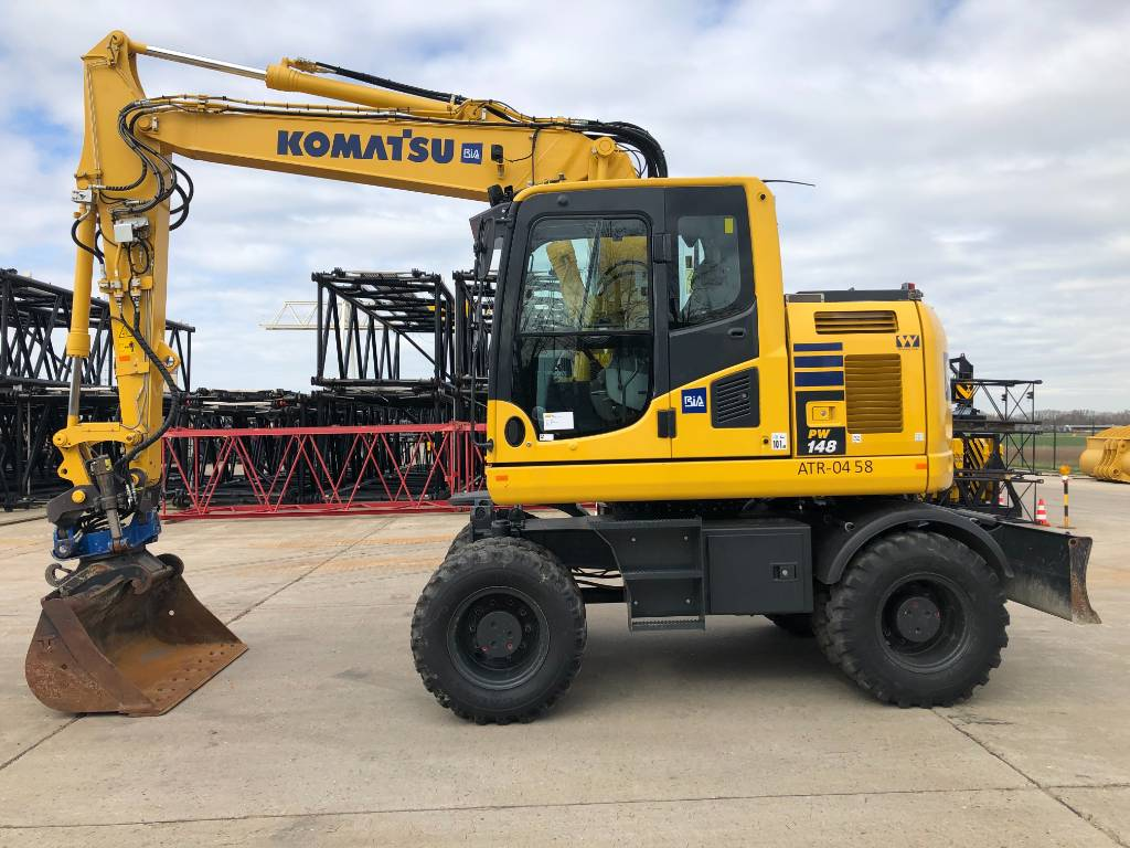 Komatsu PW148-10 (+ Roto-tilt SMP/ST15), Wheeled excavators, Construction