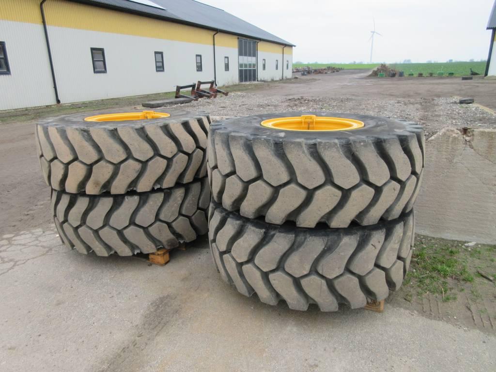 Michelin däck 20,5x25 m fälg till Volvo L90H, Däck, hjul och fälgar, Entreprenad