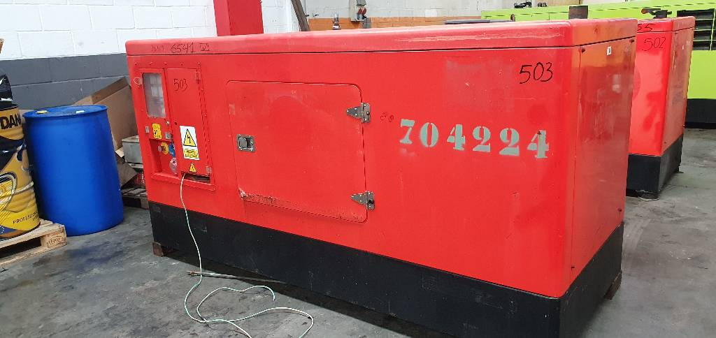 Himoinsa HIW 100, Generadores diesel, Construcción