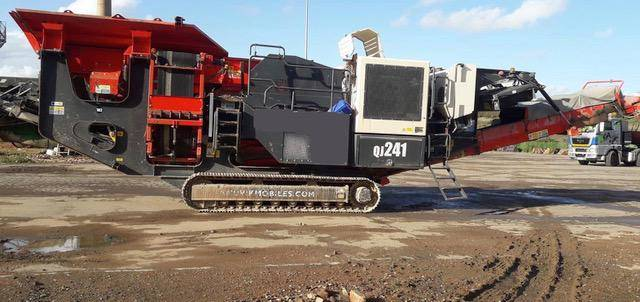 Sandvik QJ 241, Trituradoras móviles, Construcción