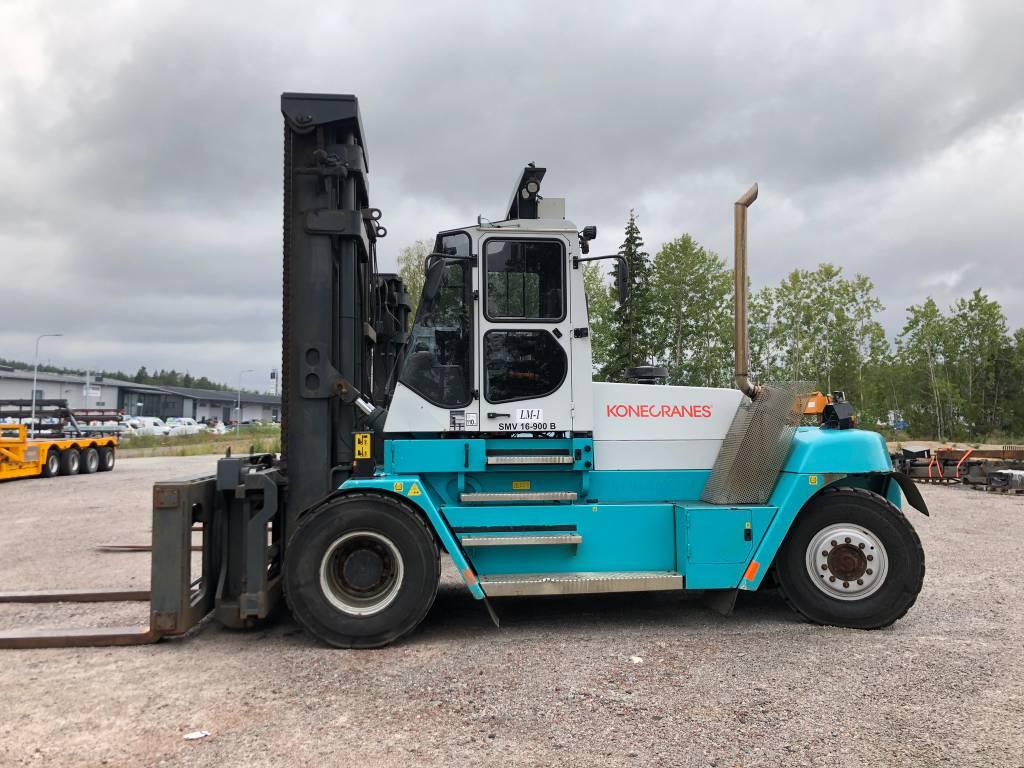 SMV 16-900B TARJOUSHINTA!, Dieseltrukit, Materiaalinkäsittely