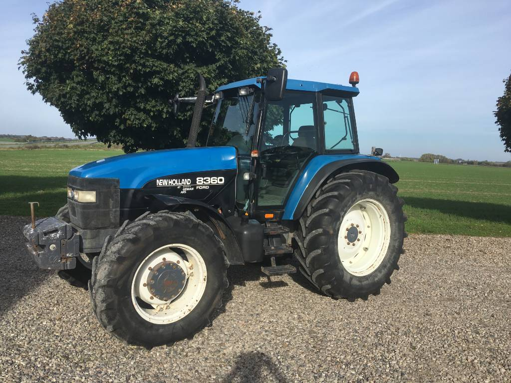 New Holland 8360