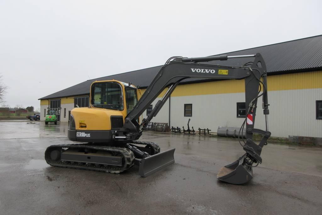 Volvo ECR88 Plus grävmaskin, 2700 tim, Midigrävmaskiner 7t - 12t, Entreprenad