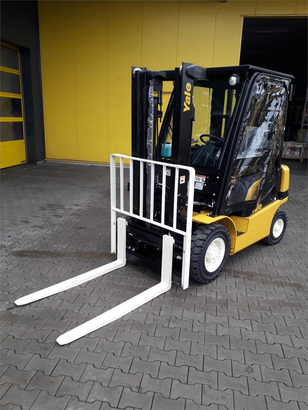 Yale GDP20MX, Diesel counterbalance Forklifts, Material Handling