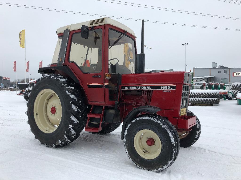 International 685 XL., Traktorit, Maatalous