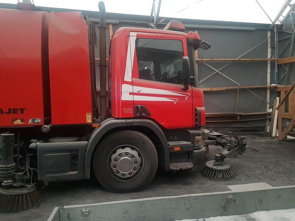 Faun Viajet byggd på Scania 94D, Sopbilar, Transportfordon