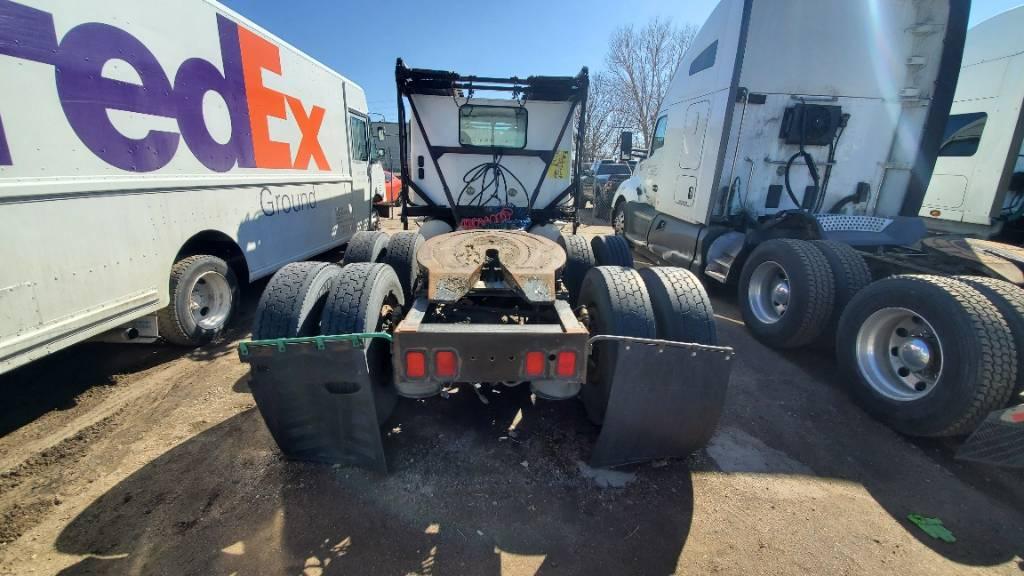 63035 Freightliner, Car Haulers, Trucks and Trailers
