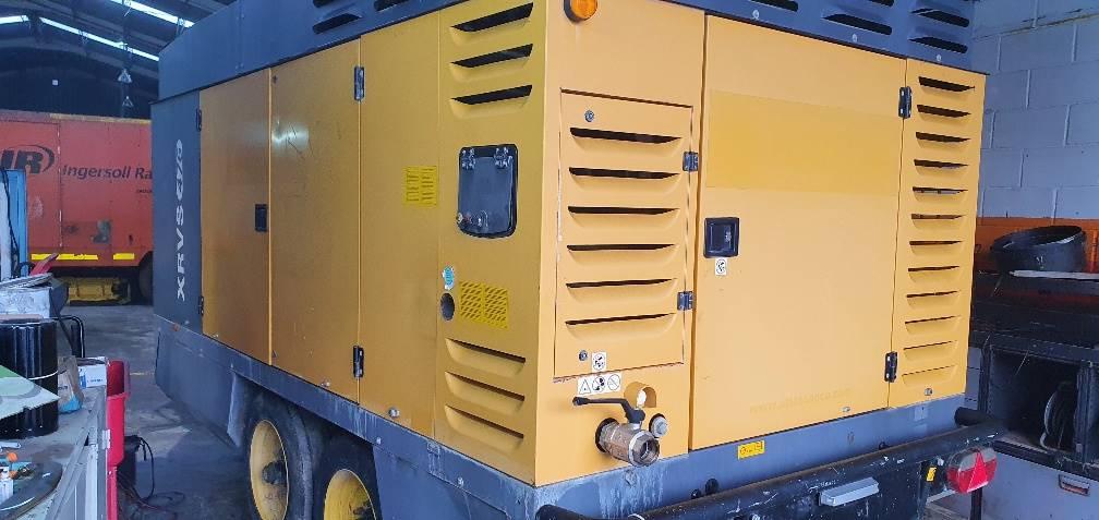 Atlas Copco XRVS 476 CD, Compresores, Construcción