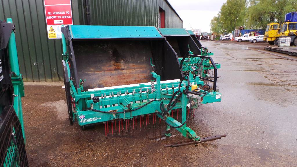 Nicholson NICHOLSON PC1800 PADDOCK CLEANER, Sweepers, Groundcare