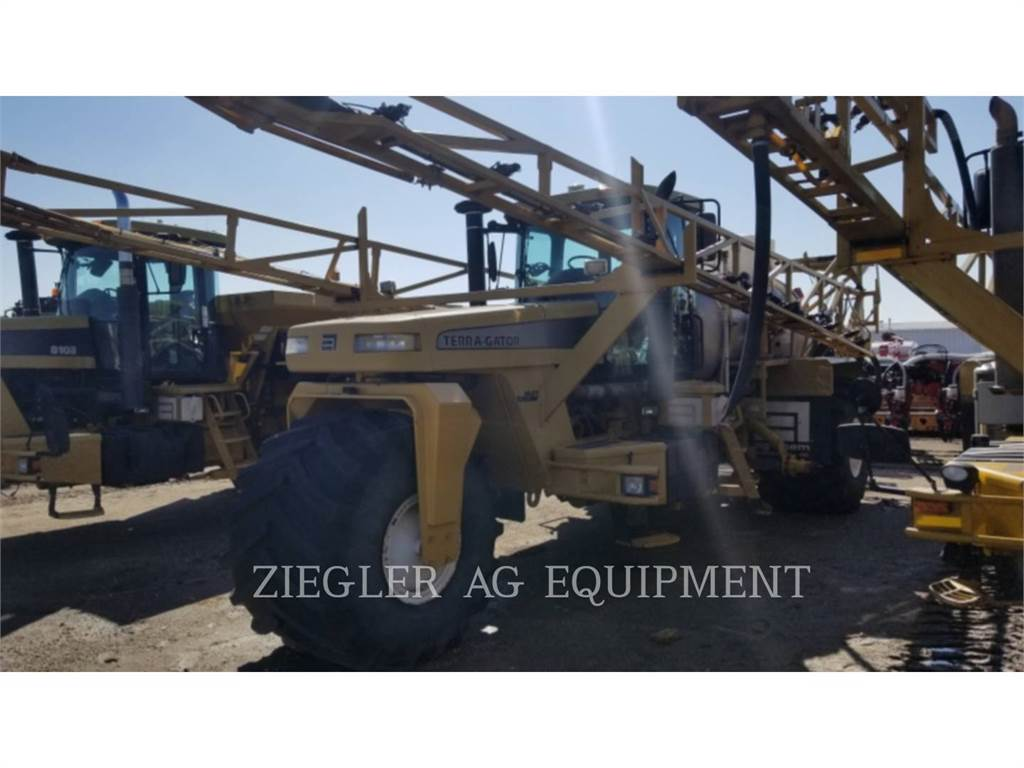 Ag-Chem 8103, Mineral spreaders, Agriculture