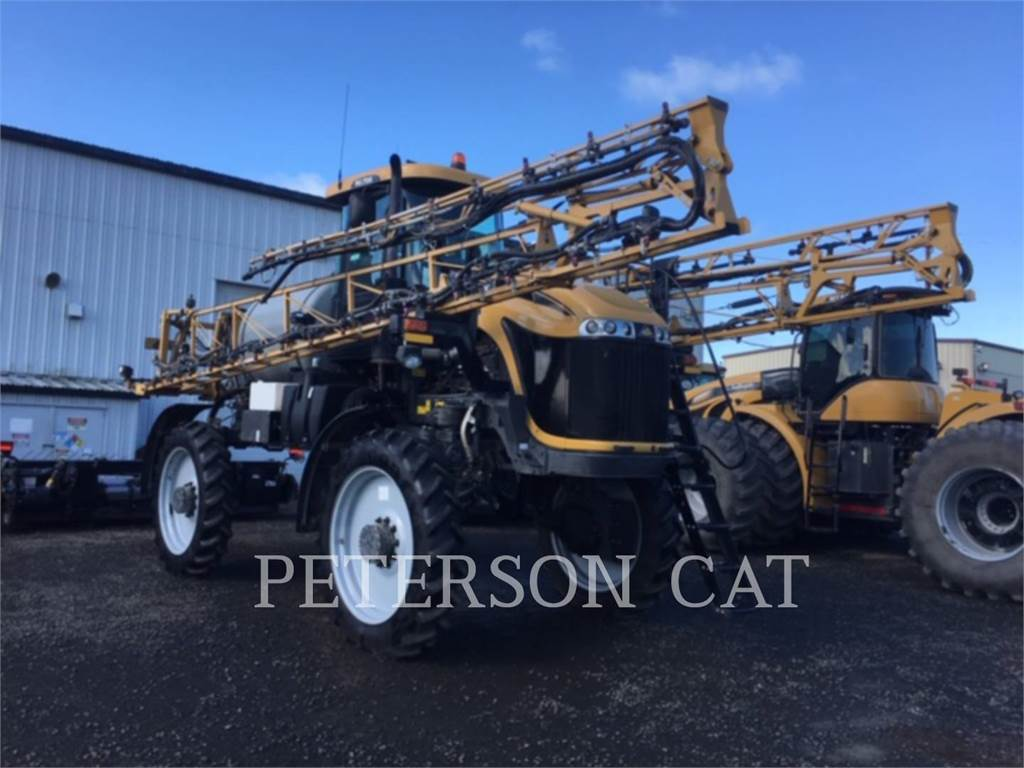 Ag-Chem RG700, windrow elevators, Construction