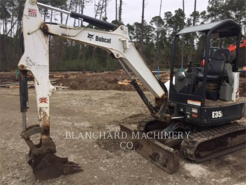 Bobcat E35I、クローラー式油圧ショベル(パワーショベル・ユンボ)、建設