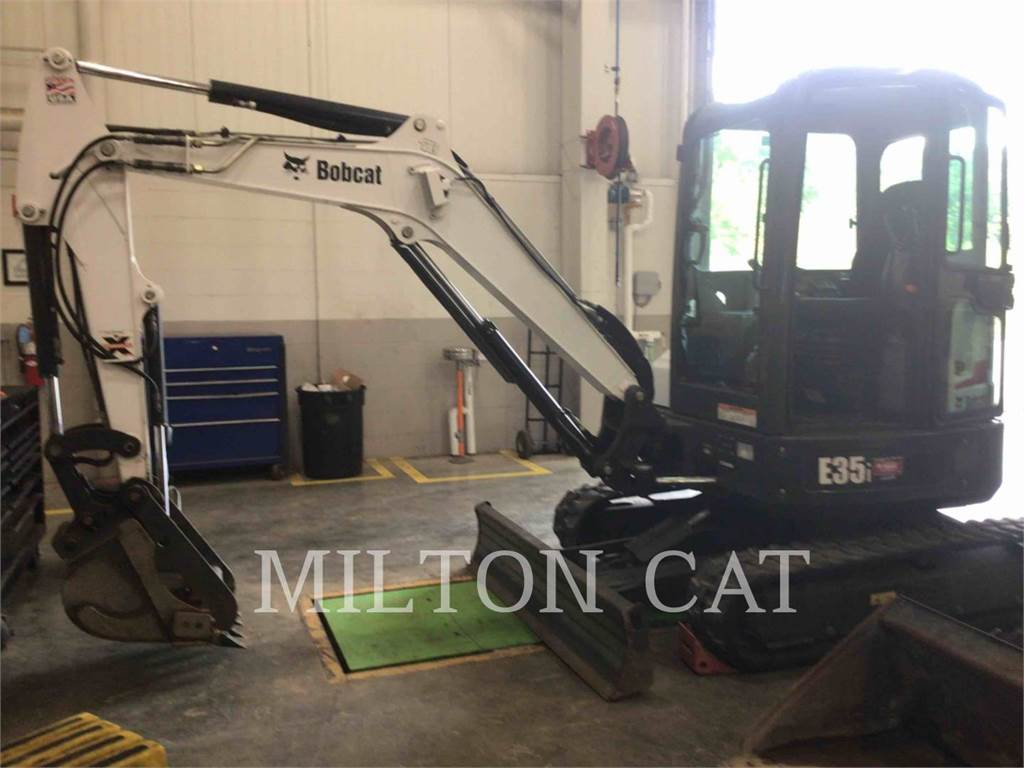 Bobcat E35I, Crawler Excavators, Construction