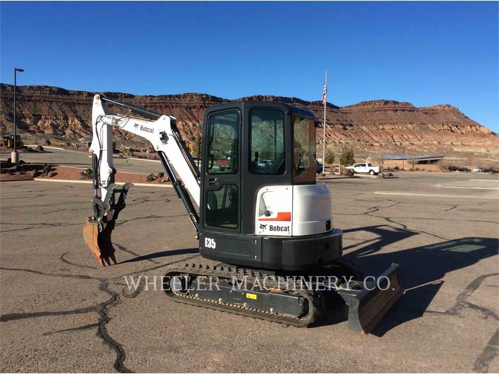 Bobcat E35M, Excavadoras de cadenas, Construcción