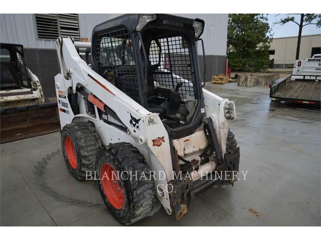 Bobcat S590, Carregadoras de direcção deslizante, Equipamentos Construção