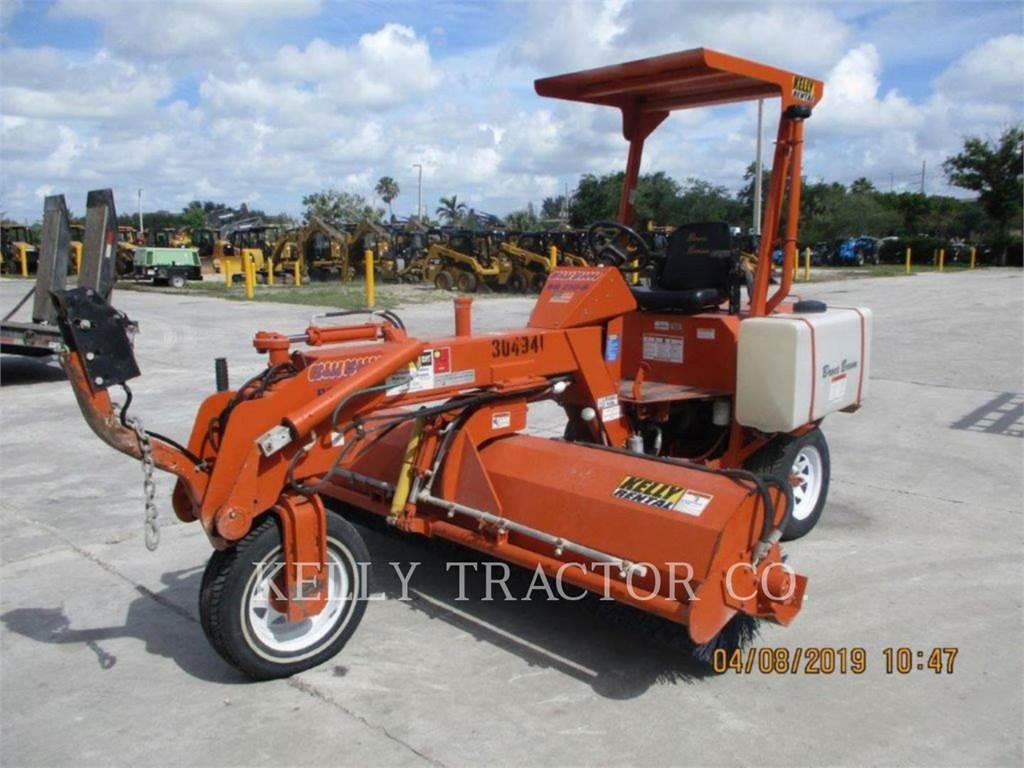 Broce BB250B、ロード・ブルーム、グランド整備・造園機械