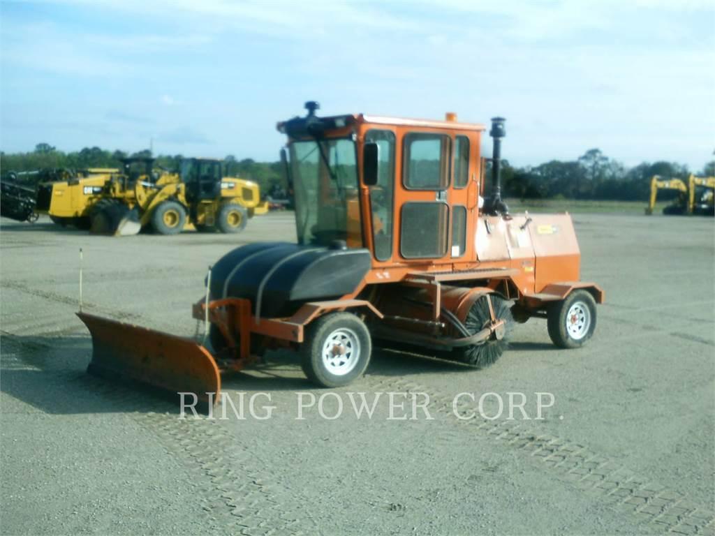 Broce CR350, Cepillos, Construcción