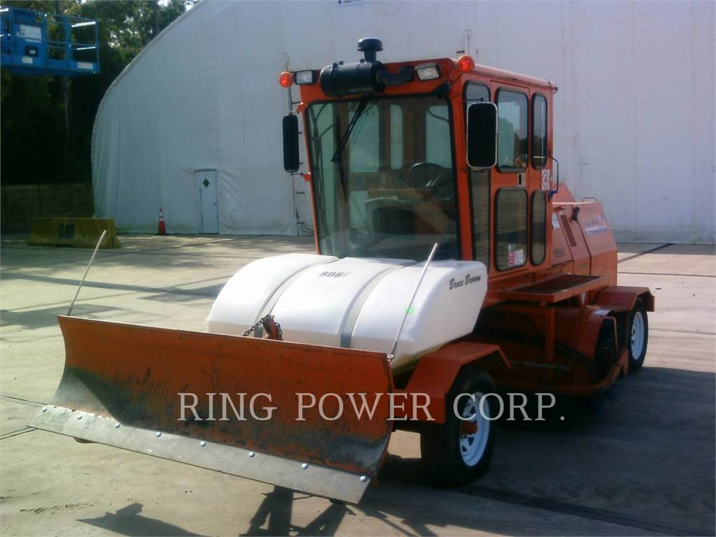Broce CRT350, Brushes, Construction