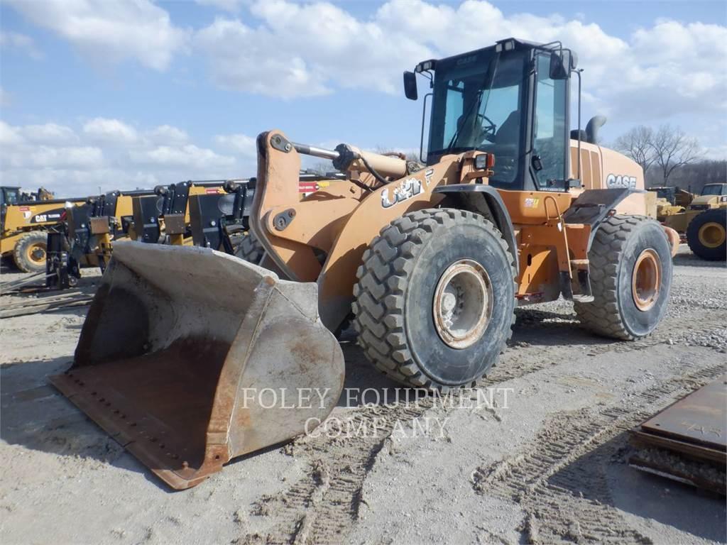 CASE 821F, Wheel Loaders, Construction