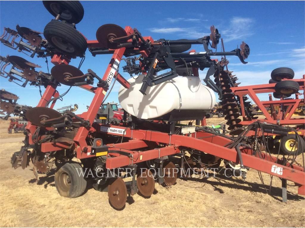Case IH 5310, equipamento agrícola de lavragem, Agricultura