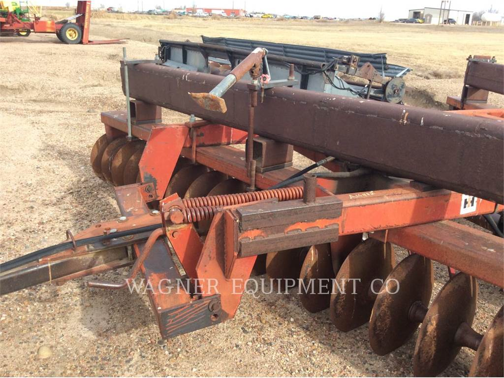 Case IH 760, wyposażenie rolnicze do uprawy, Maszyny rolnicze