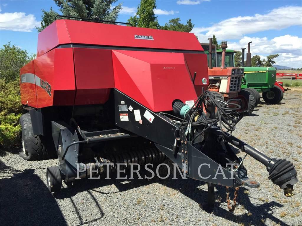 Case IH LBX432, с/х сеноуборочное оборудование, Сельское хозяйство