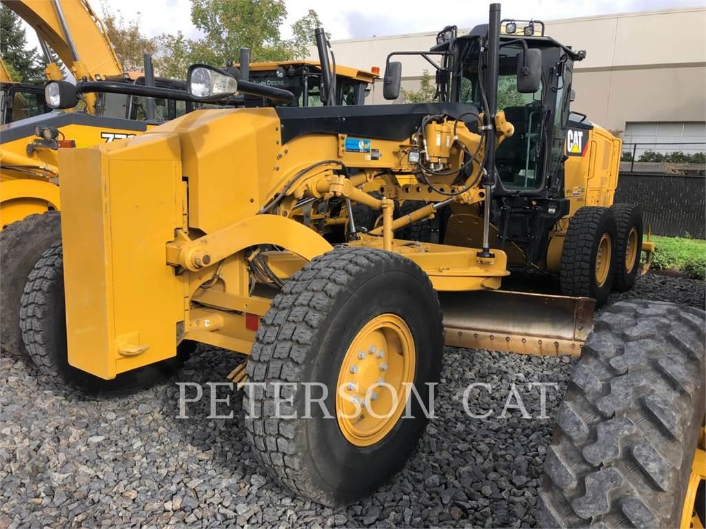 Caterpillar 12M2, autogreder minier, Constructii