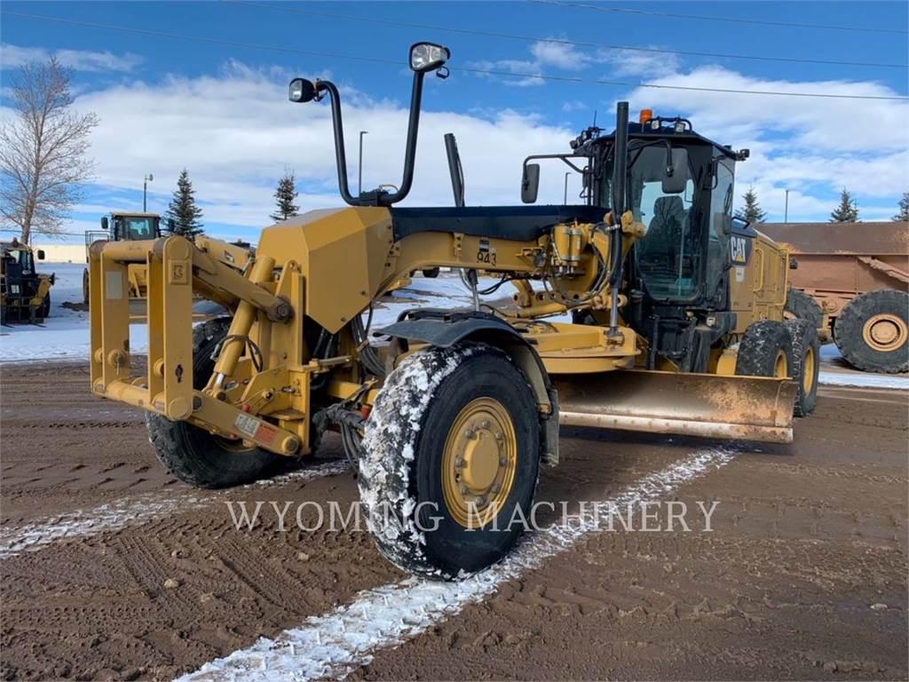 Caterpillar 12M2, motor graders, Construction
