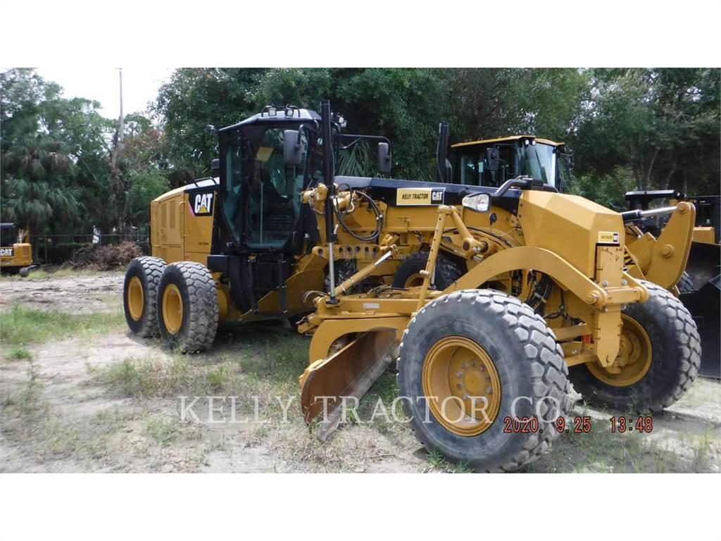 Caterpillar 12M3, autogreder minier, Constructii