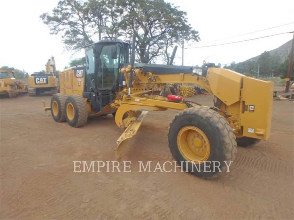 Caterpillar 12M3, motoniveladora de mineração, Equipamentos Construção