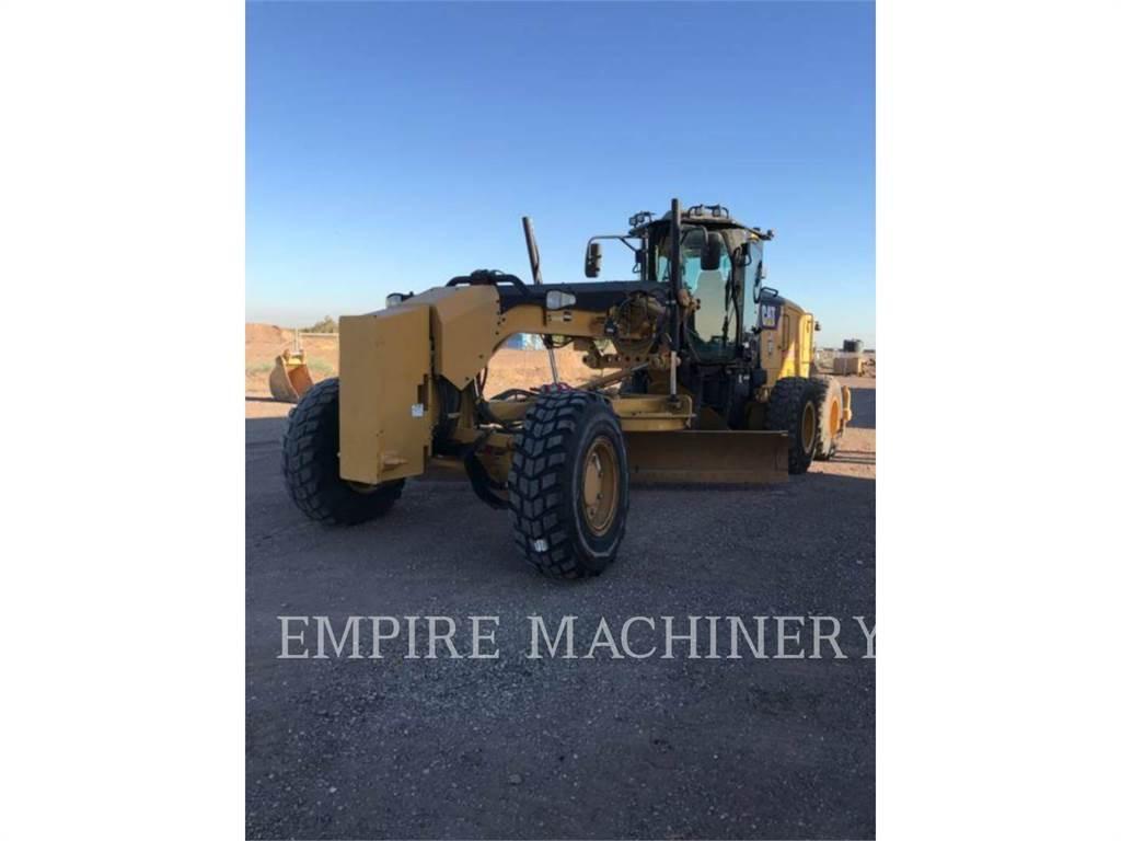 Caterpillar 12M3AWD, kopalniana równiarka samojezdna, Sprzęt budowlany