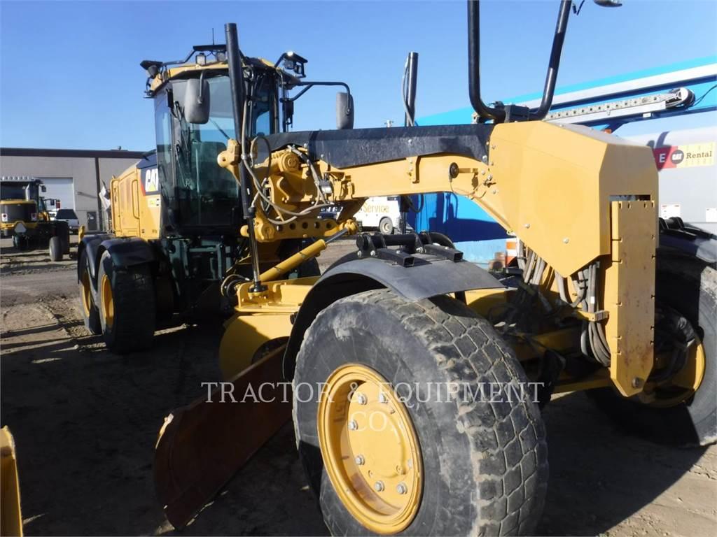 Caterpillar 160M2 AWD、鉱業用モータ・グレーダ、建設