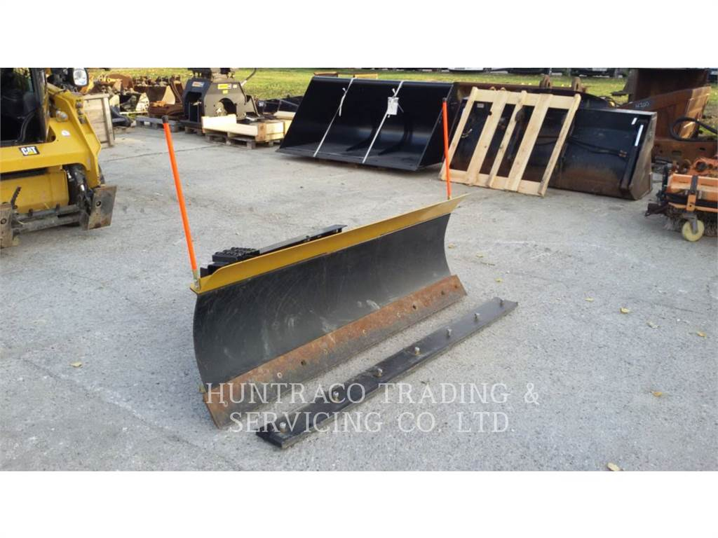 Caterpillar 2133 MM BLADE WITH HYDRAULIC TILTING, blades, Construction