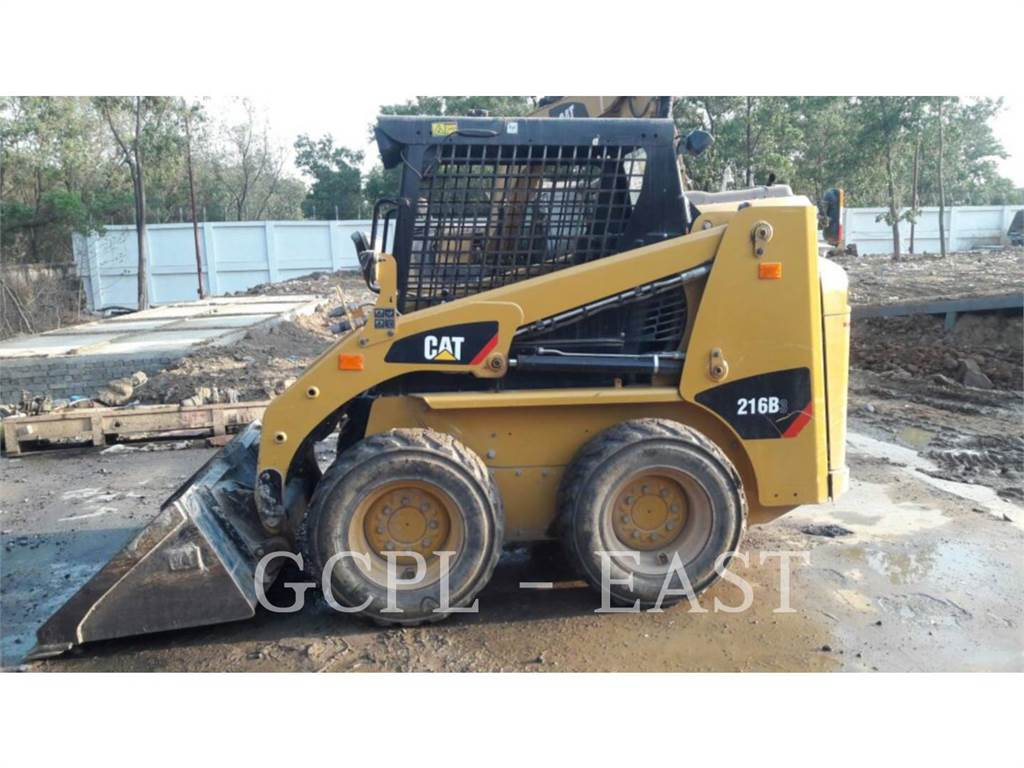 Caterpillar 216B3LRC, Mini incarcator, Constructii