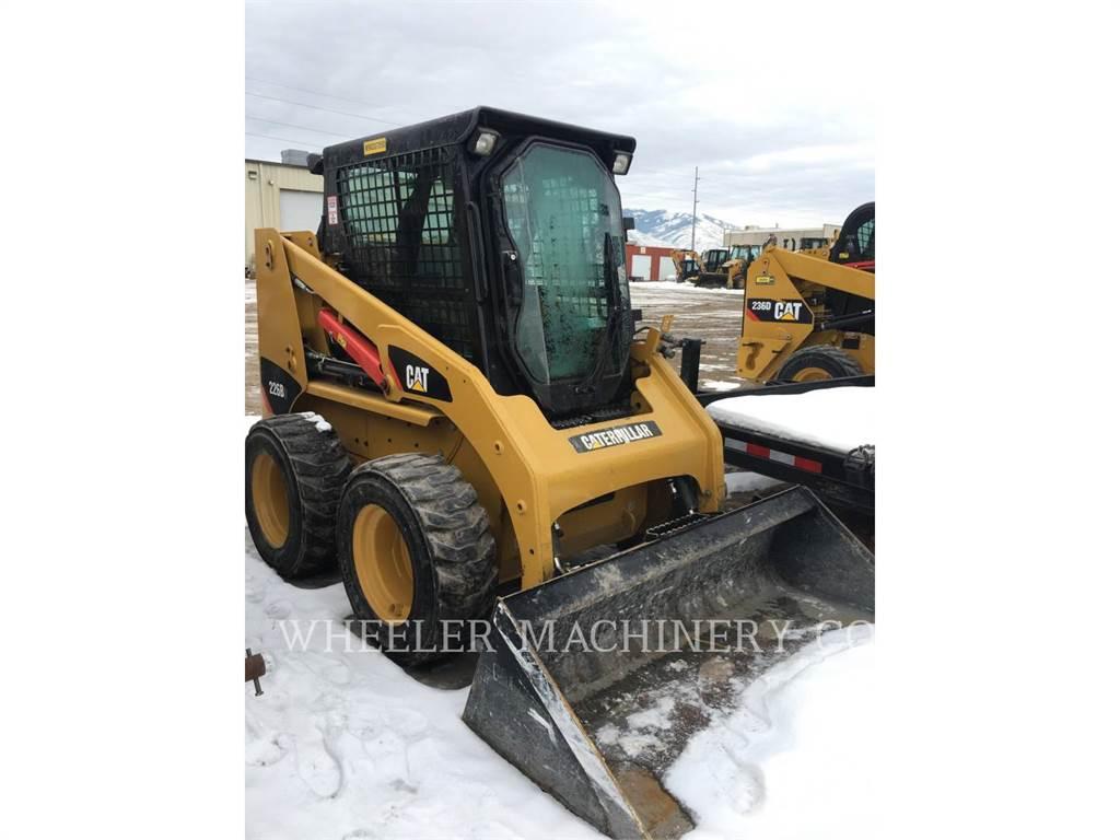Caterpillar 226B3 C3, Minicargadoras, Construcción