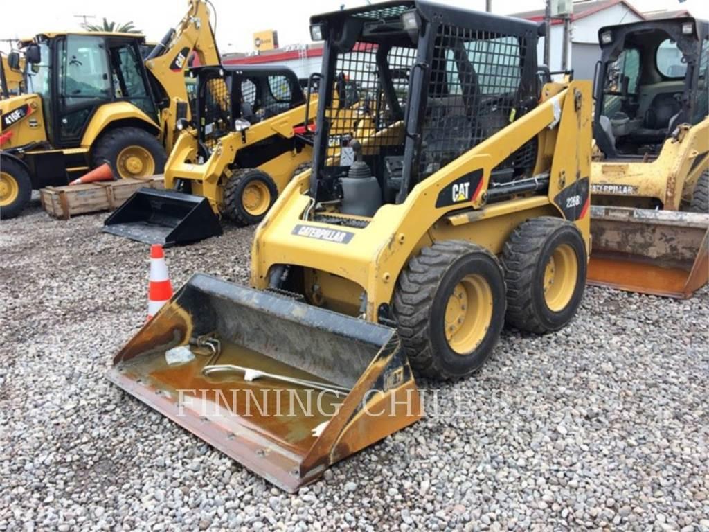 Caterpillar 226B3LRC、スキッドステアローダー、建設