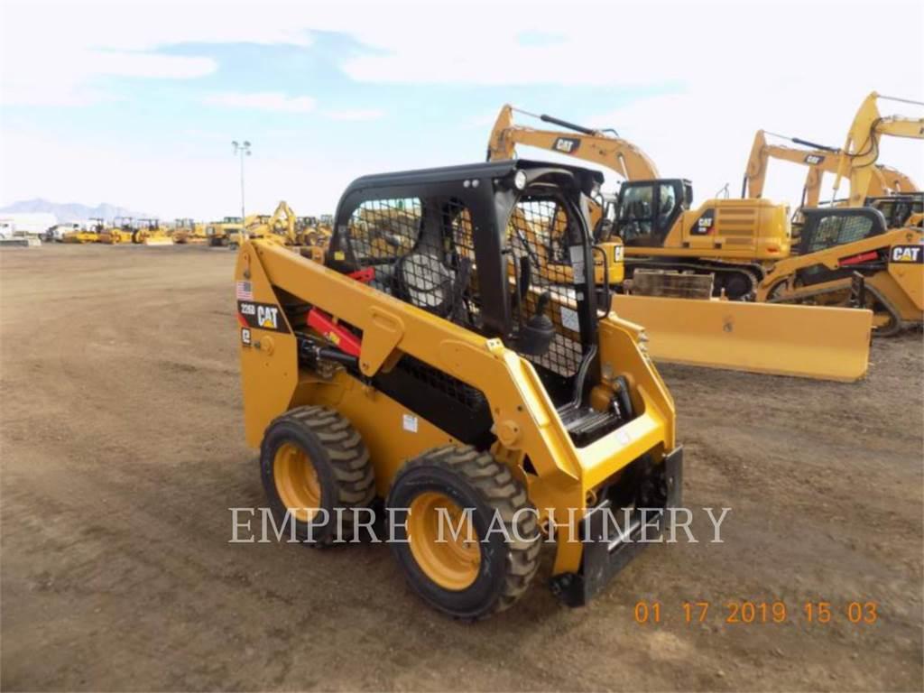 Caterpillar 226D, Minicargadoras, Construcción