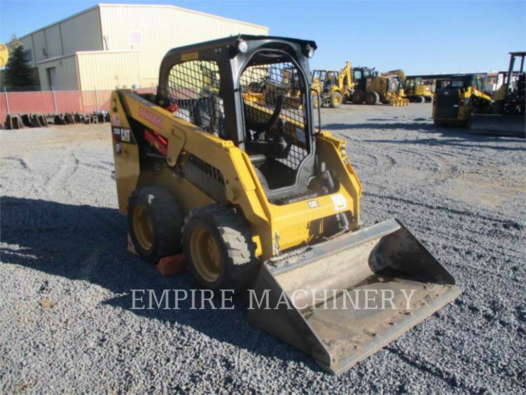 Caterpillar 226D, Mini incarcator, Constructii