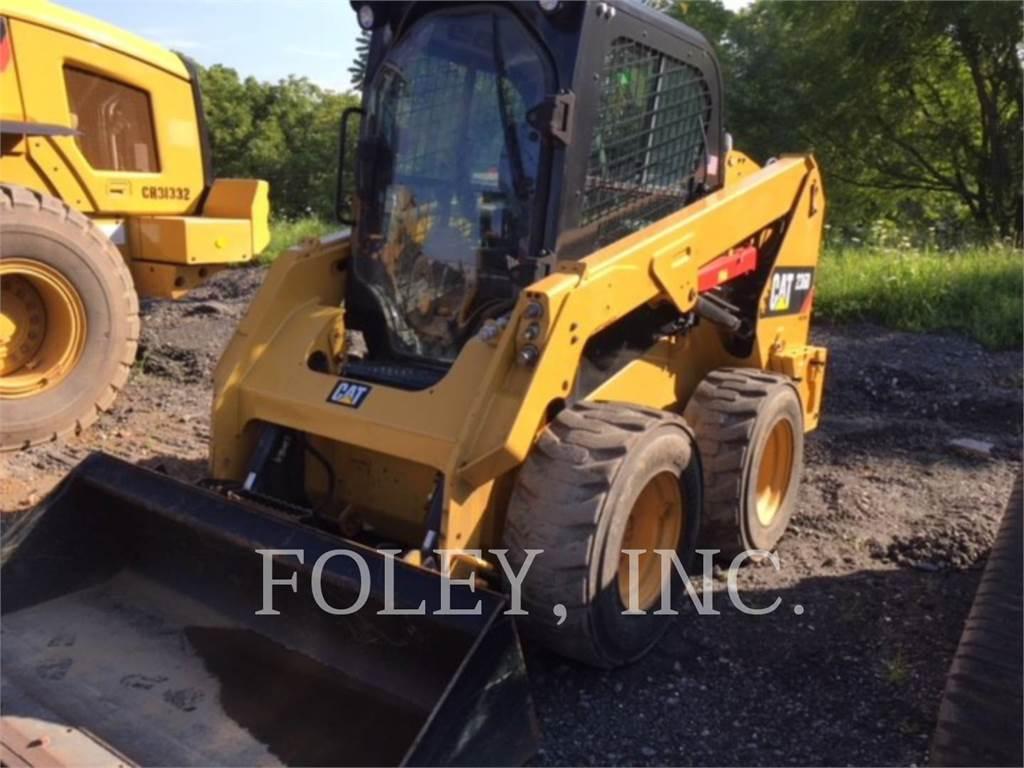 Caterpillar 236D、滑移装载机、建筑设备