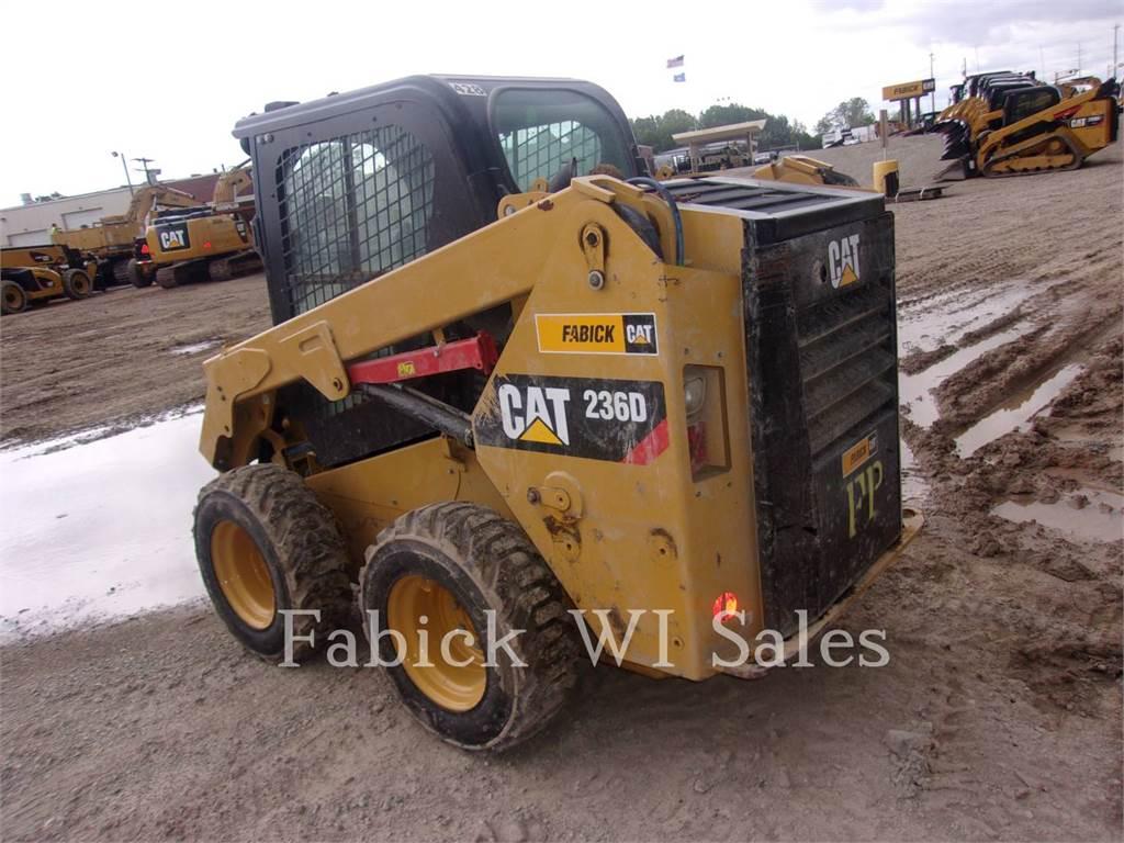 Caterpillar 236D, Carregadoras de direcção deslizante, Equipamentos Construção