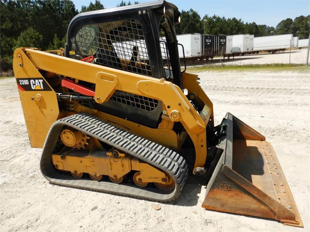 Caterpillar 239D, Minicargadoras, Construcción