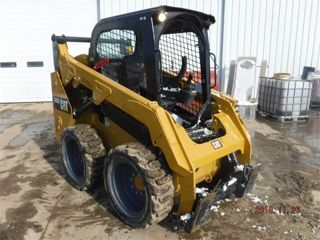 Caterpillar 242D, Skid Steer Loaders, Construction