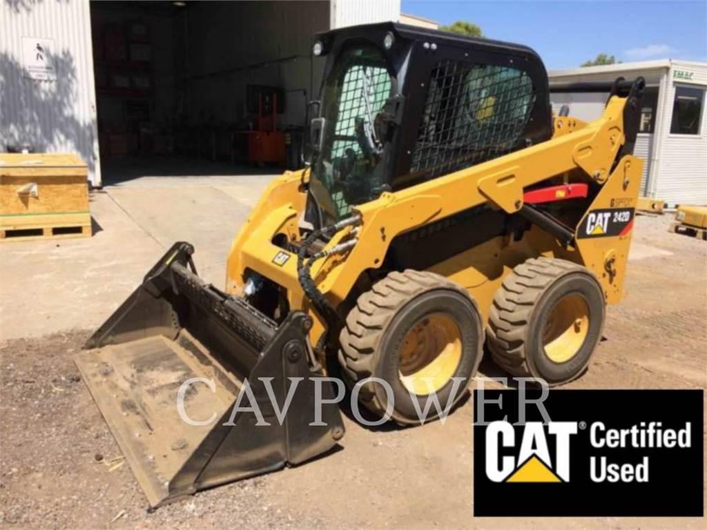 Caterpillar 242D, Mini incarcator, Constructii