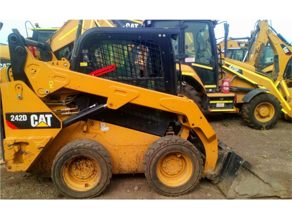 Caterpillar 242DLRC, Skid Steer Loaders, Construction