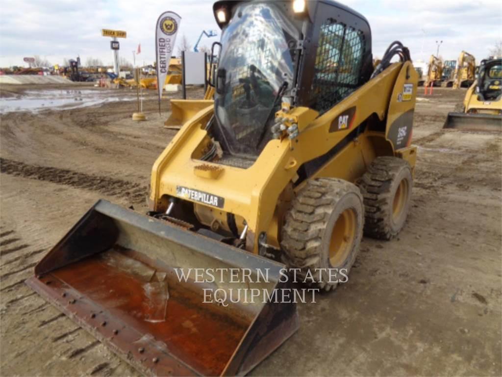 Caterpillar 246C, Carregadoras de direcção deslizante, Equipamentos Construção