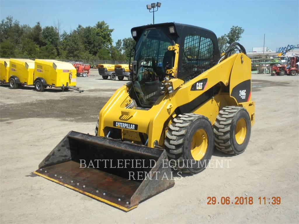 Caterpillar 246C、スキッドステアローダー、建設