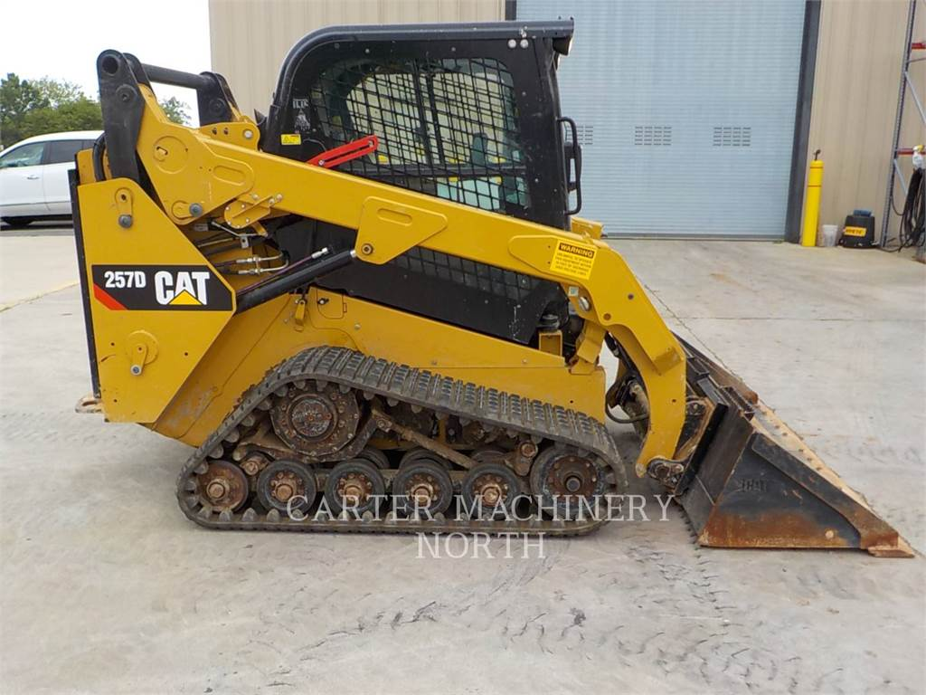 Caterpillar 257D, track loaders, Construction