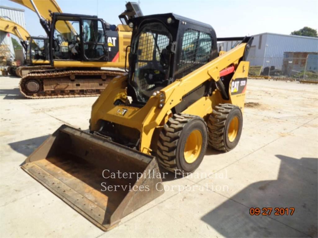 Caterpillar 262D、スキッドステアローダー、建設
