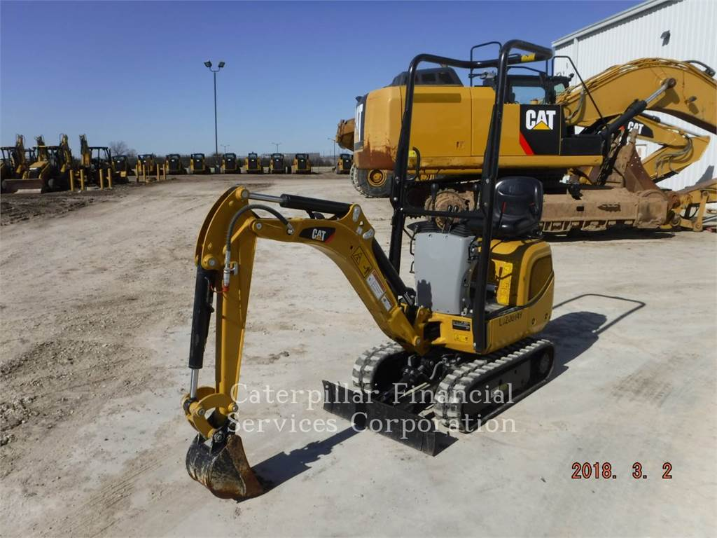 Caterpillar 300.9D, Pelle sur chenilles, Équipement De Construction